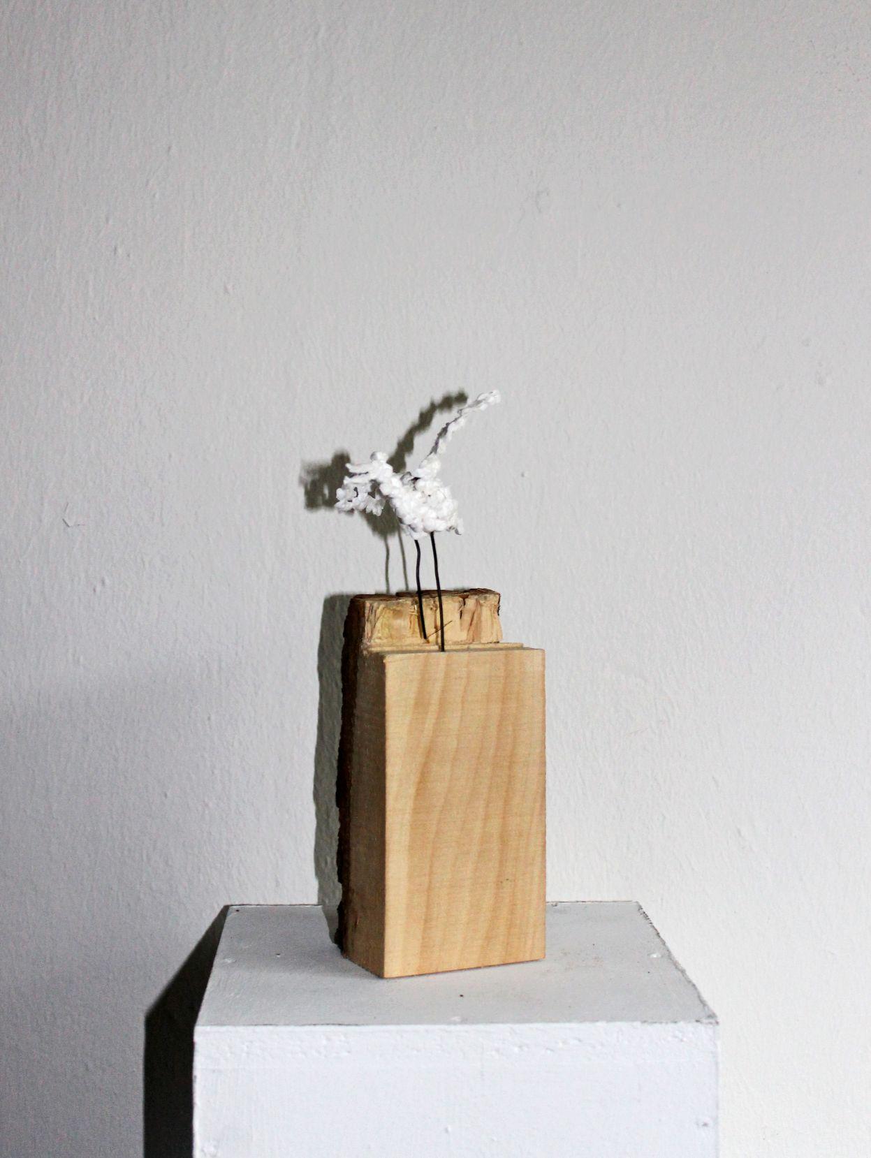 Vogel Holz skulptur galerie holzbildhauerin strixner